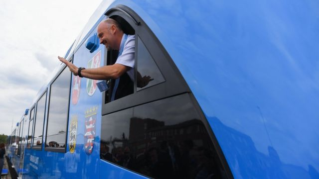 поезд на водородном топливе в Германии, 16 сентября