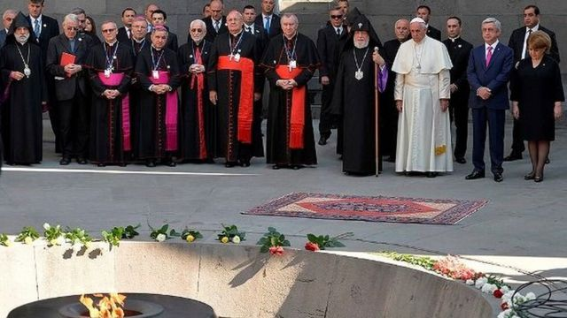 Francis Ermənistana səfər edən ikinci Roma papasıdır. Ermənistana ilk dəfə Papa II İoann-Pavel 2001-ci ildə səfər edib