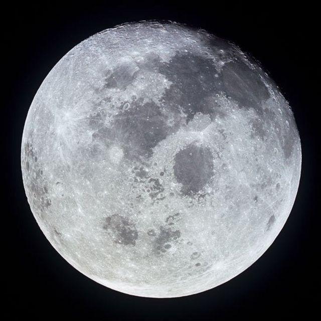 Imagen de la Luna captada por astronautas de Apolo 11
