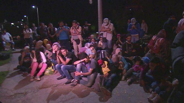Crowds waiting in Croatian border town of Tovarnik