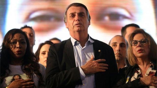 Bolsonaro em reunião com mulheres