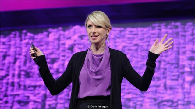 """Harvard psixoloqu Amy Cuddy """"güc pozası"""" adlı ideyanın məşhurlaşdırıb"""