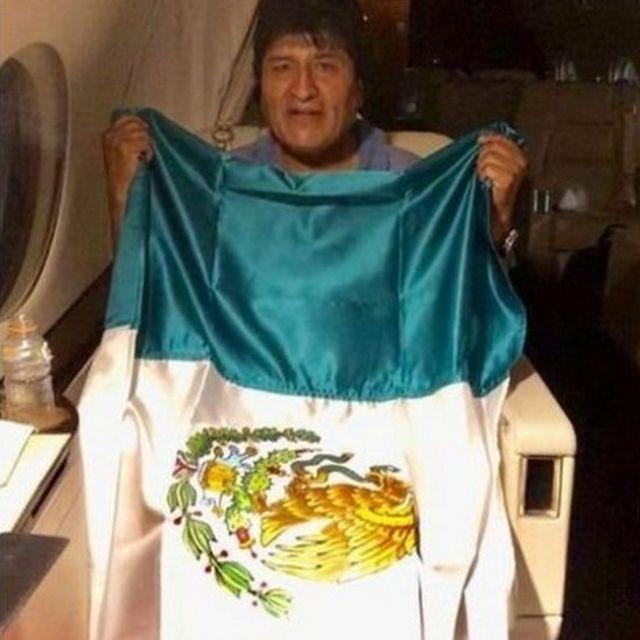 Evo on a Mexican plane