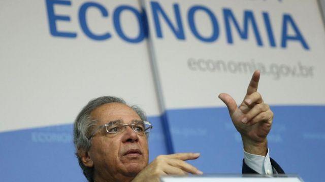 'No debate sobre a criação do programa Renda Brasil ou Renda Cidadã no ano passado, só foram consideradas alternativas de financiamento que viriam de outros programas sociais', diz Carvalho