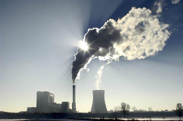 """科學家們利用化學監測技術,通過""""嗅探空氣"""",幫助保護大氣臭氧層免受非法排放的侵害。"""