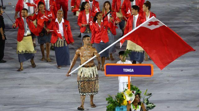 Atleta de Tonga Pita Nikolas Aufatofua