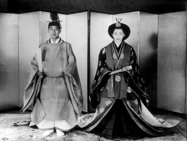 Foto do casamento do então príncipe Akihito com Michiko em 1959