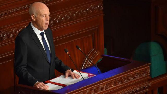 الرئيس التونسي الجديد قيس سعيد يلقي أول خطاب له في برلمان بلاده