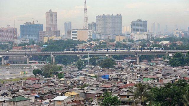 Magaalada Quezon ayaa laga qaaday maqaamkii caasimadda oo waxaa 1976 lagu celiyay magaalada Manila