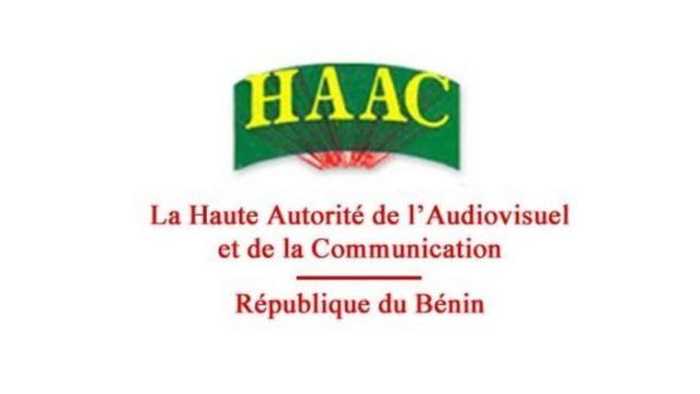Ces médias ont été suspendus fin novembre par la Haute Autorité de l'Audiovisuel et de la Communication béninoise, la HAAC.