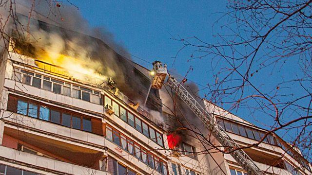 Как вести себя при пожаре в многоэтажном доме