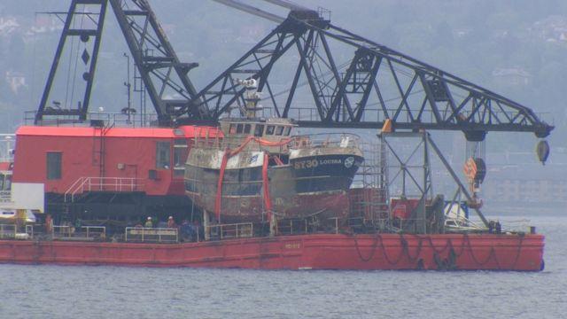 An MV Louisa ga toirt gu cala