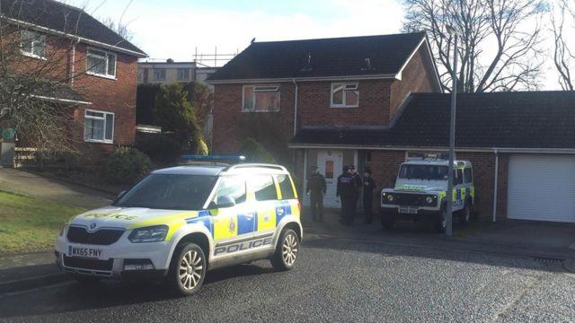 Полиция возле дома Скрипаля