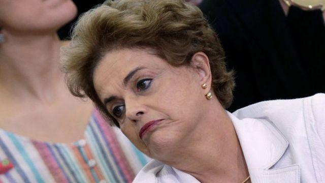 Perezida Dilma Rousseff yahuye n'abigisha muri Planalto Palace mu muji wa Brasilia. 12/04/2016.