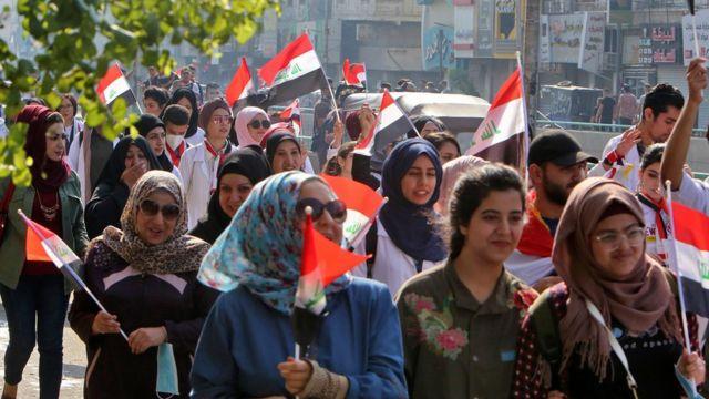 الاحتجاجات مازالت متواصلة في بغداد ومدن الجنوب
