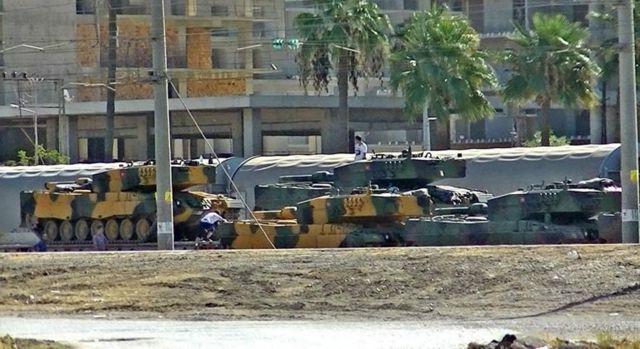İskenderun limanına gelen Türk tankları