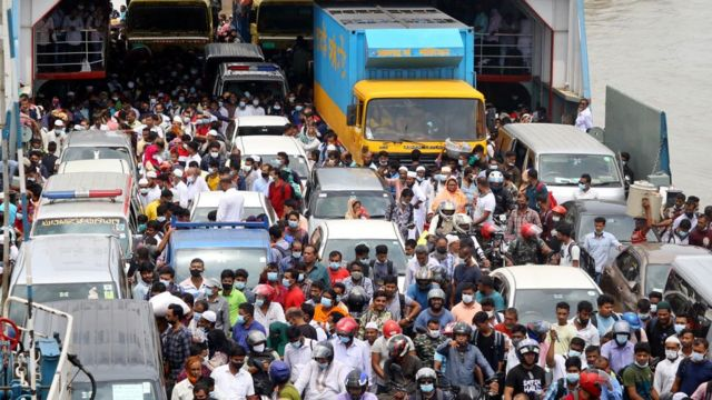 Crowds of people at Dhaka's ferry ports
