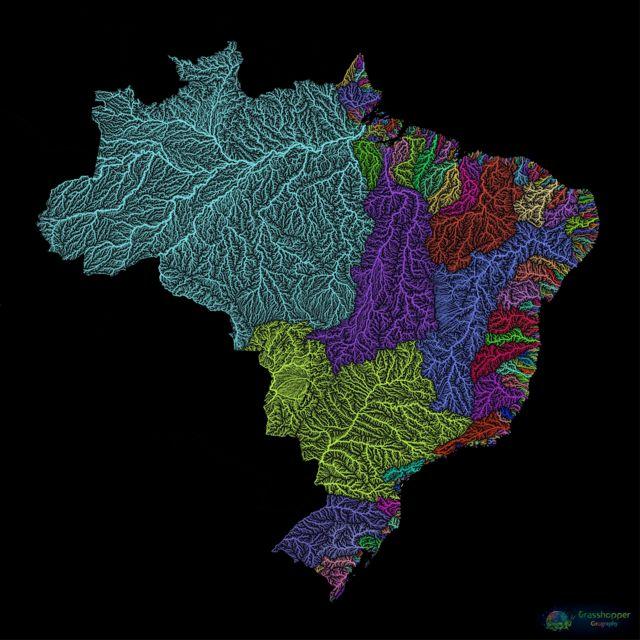 Imagem mostra o mapa do Brasil colorido pelo cartógrafo húngaro Robert Szucs