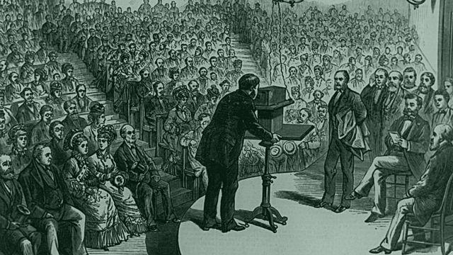 Alexander Graham Bell patentó su teléfono en 1876.