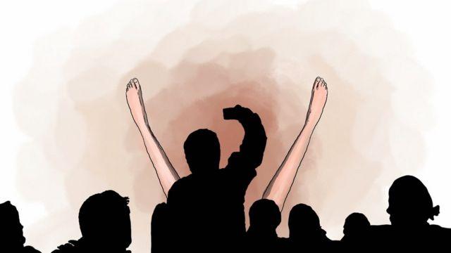 Рисунок: зрители на спектакле театра ADO