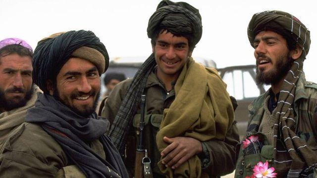 1978 ve 1992 yılları arasındaki iç savaş sırasında Taliban savaşçıları