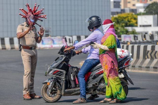 За соблюдением карантина сроком на 21 день следит полиция