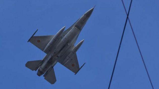 طائرة مقاتلة من طراز اف-16