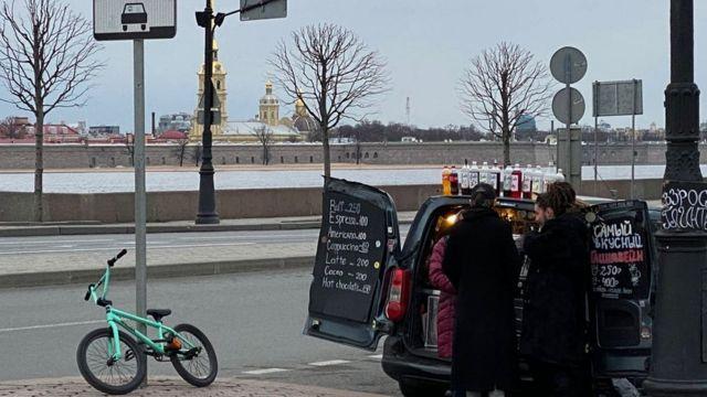 Торговля на улицах Петербурга