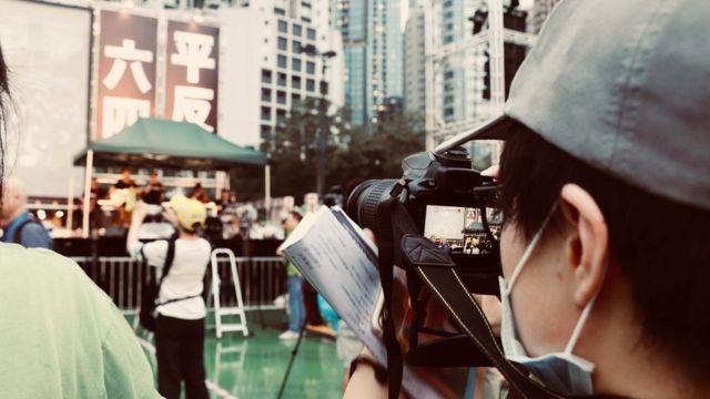"""王牧之在香港""""六四""""30周年纪念活动上。"""