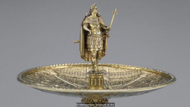 維斯帕先皇帝(Vespasian)人像的細節,銀杯製作於1587年到1599年