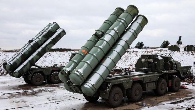 Российские зенитно-ракетные комплексы С-400 близ Джанкоя в Крыму