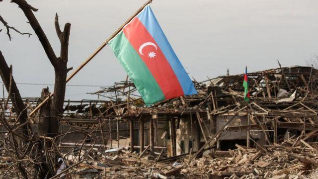 Город Гянджа в Азербайджане уже несколько раз подвергался обстрелу