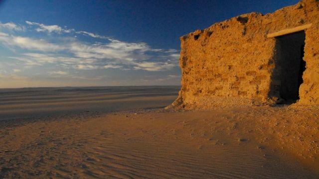 آثار منزل على تخوم الصحراء Anthony Ham
