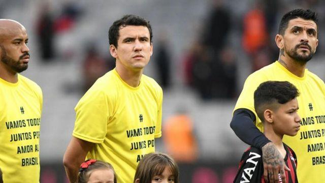 Pro-Bolsonaro shirts