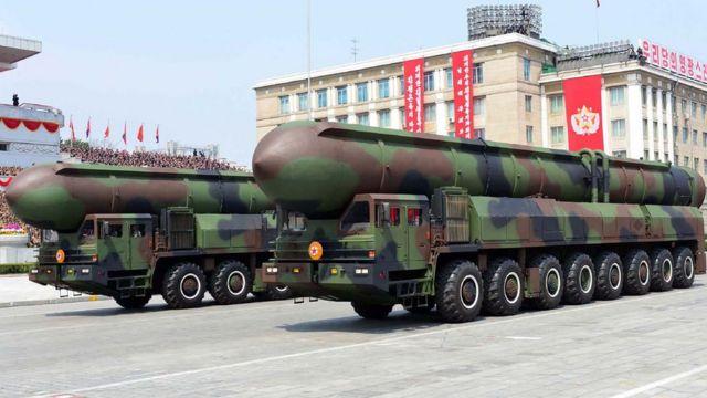 उत्तर कोरिया की बैलिस्टिक मिसाइल.