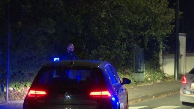 پلیس در نزدیکی محل حادثه