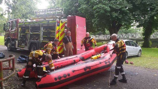 Emergency services at River Nith