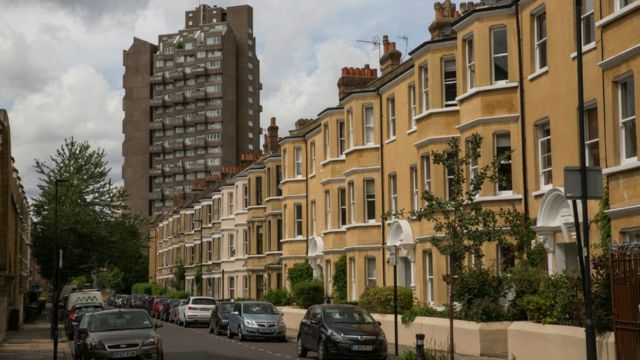 Government accused of prolonging UK housing crisis