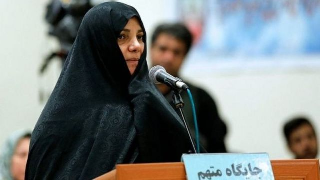 شبنم نعمتزاده به اتهام اخلال در نظام اقتصادی به ۲۰ سال زندان و ۷۴ ضربه شلاق محکوم شده است