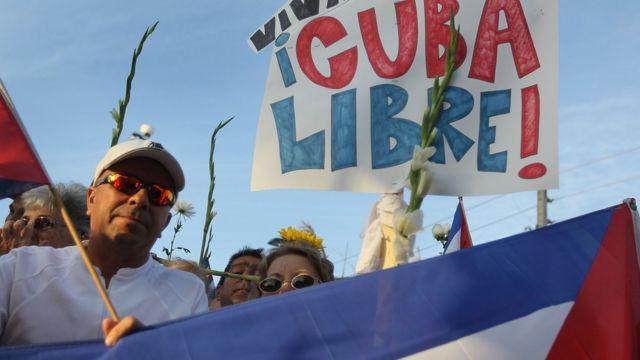 Exiliados cubanos se manifiestan