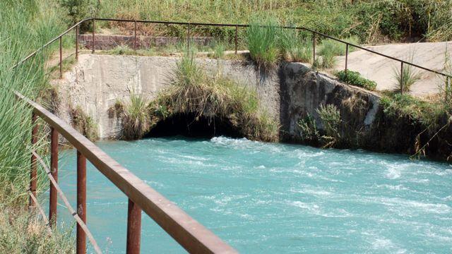 تاجیکستان کشوری کوهستانی است و سرشار از ذخایر آب