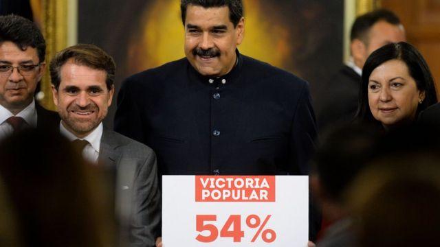 """El gobierno declaró la """"victoria popular"""" tras ganar 17 de las 23 gobernaciones en las pasadas elecciones regionales."""