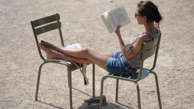 El cerebro aprendió hace muy poco tiempo, en términos de evolución de la especie humana, a leer.
