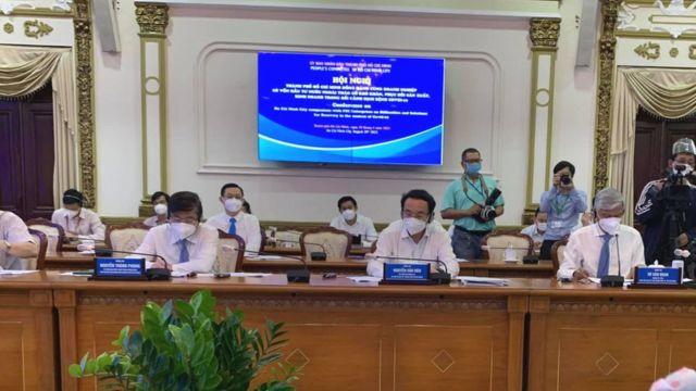 Giới lãnh đạo TP HCM tiếp đại diện doanh nghiệp nước ngoài vào sáng ngày 20/08