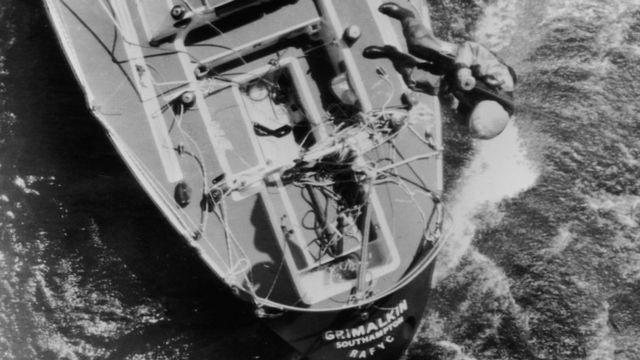 Ник Уорд был спасен военными моряками