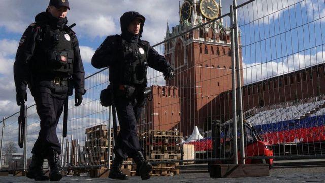 Полицейские у Кремля