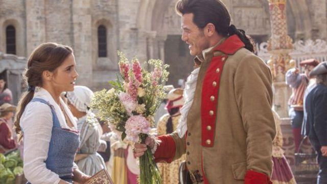 """إيما واطسون في دور بيل في فيلم """"الجميلة والوحش"""" الجديد لديزني"""