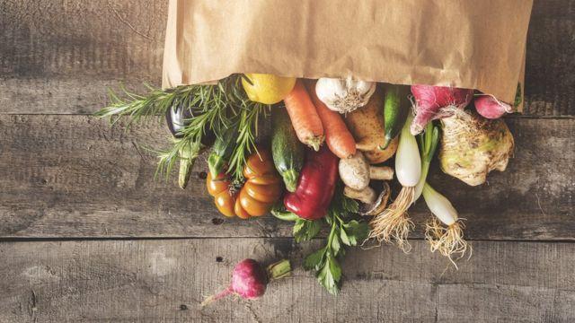 (캡션) 유기농 음식을 사는 것도 한 방법이다