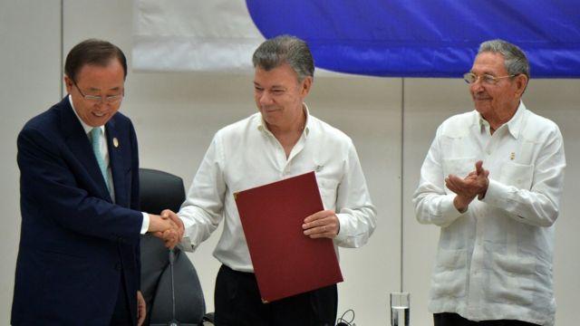 Ban Ki-moon, Juan Manuel Santos y Raúl Castro.
