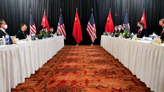 Reunião bilateral entre governos de China e EUA na última quinta